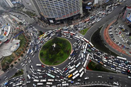 this is a scary traffic circle